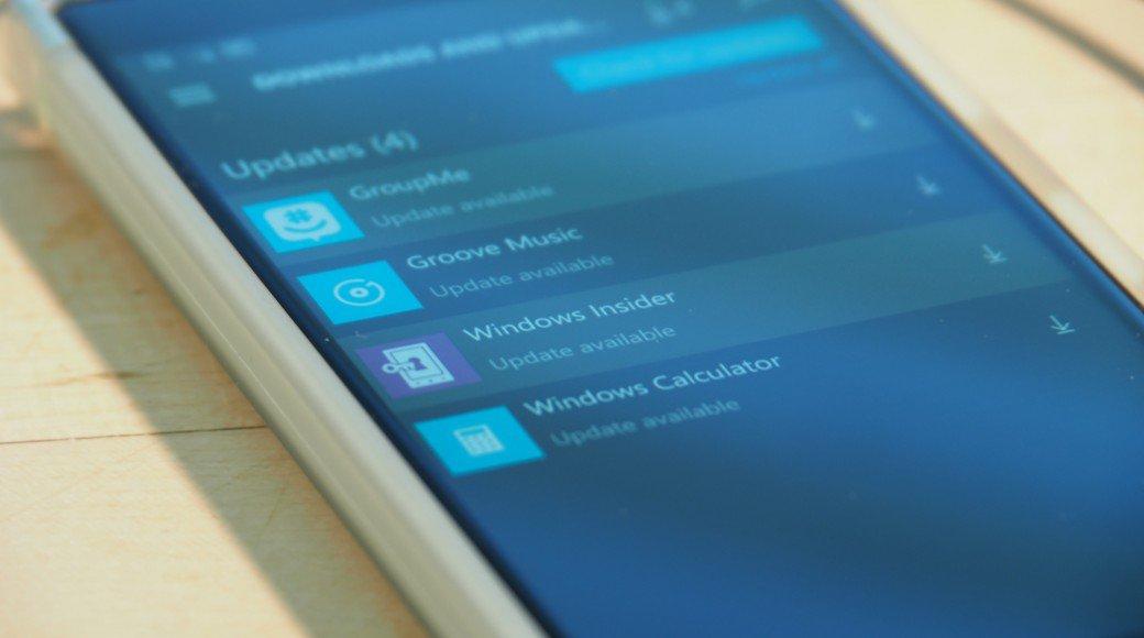 پیش نمایش جدیدی از ویندوز ۱۰ موبایل با قابلیت ناوبری از طریق سوایپ از کناره صفحه نمایش ارائه می شود